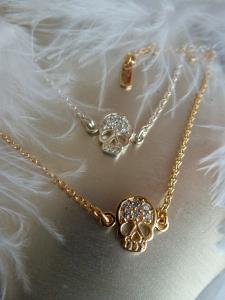 collier-chaine-fine-tete-de-mort-zircon argent massif ou plaqué or Ô plum