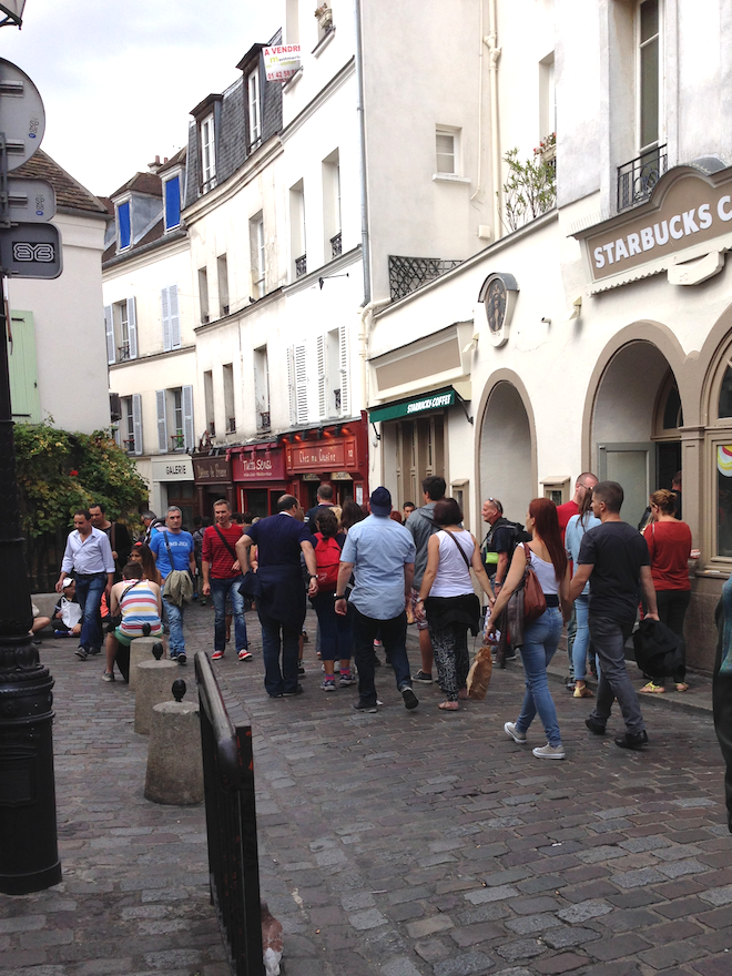 Starbucks-coffee-Montmartre
