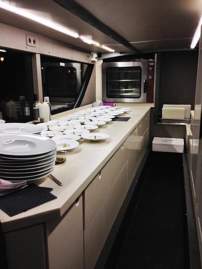 la-cuisine-bustronome