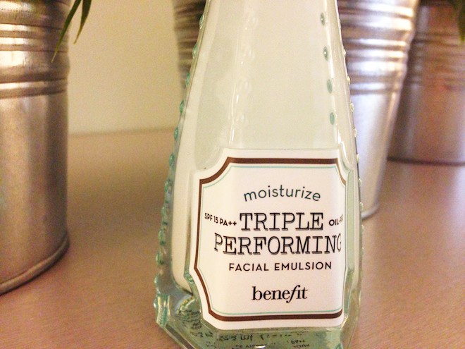 Triple Performing Facial Emulsion SPF 15 PA++