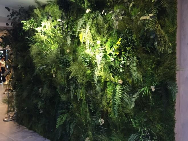 Mur végétal ITaï restaurant Thaïlandais Boulogne-billancourt