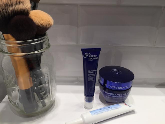 produits de soin pour le visage jour et nuit